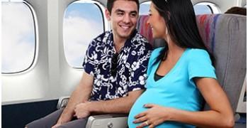 Phụ nữ mang thai đi máy bay