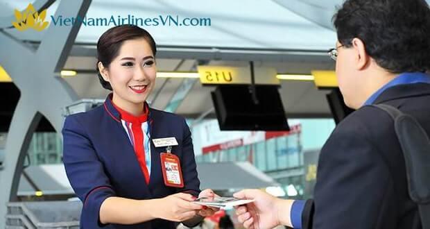 VietnamAirlines khuyến mãi đổi điêm thưởng Bông Sen Vàng