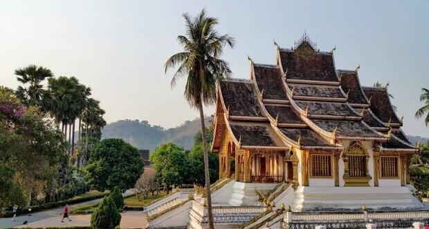 Vé máy bay đi Luang Prabang VietnamAirlines