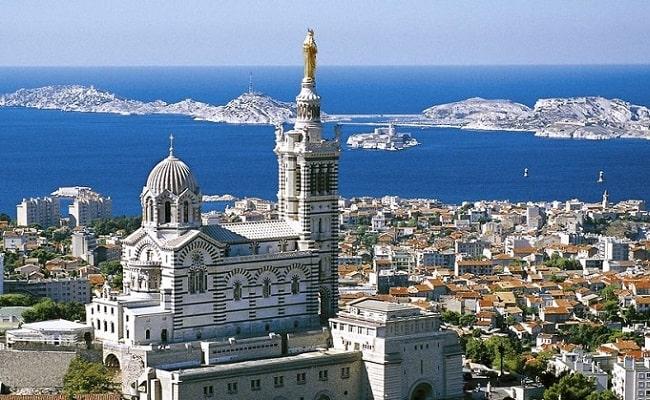 Vé máy bay đi Marseille